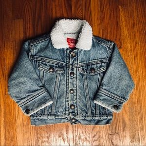Levi's Unisex Vintage Sherpa Trucker Jacket